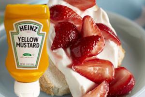 MustardAndStraberryShortcake
